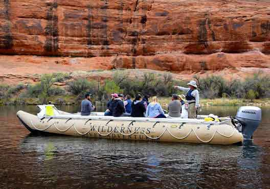 Arizona Highlights Day Trip: Antelope Canyon, Lake Powell, and Glen Canyon with River Rafting